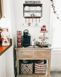 26 Home Coffee Station Ideas to Help You Quit Starbucks Coffee Nook, Coffee Corner, Coffee Cabinet, Coffee Bars In Kitchen, Home Coffee Stations, Home Remodeling Diy, Kitchen Remodeling, Beautiful Kitchen Designs, Rental Decorating
