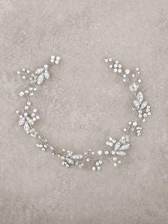 Didadema de novia semirrígida floral en plata vieja y pedrería