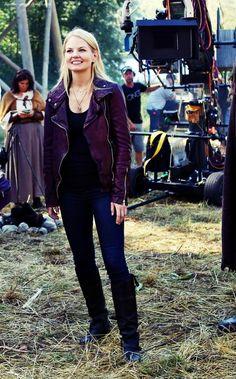 Jennifer Morrison Behind the scenes