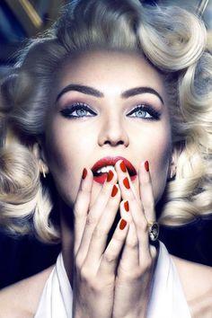 Candice Swanepoel reencarna a Marilyn Monroe de la mano de Max Factor