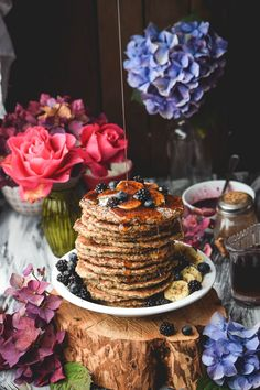Chia Oat Banana Pancakes #vegan #glutenfree   Gringalicious