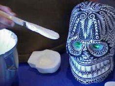 make sugar skulls gt step by step day of the dead sugar skull making ...