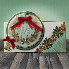 A Christmas Past , Christmas Craftaganza 2017 Christmas Cards To Make, Christmas Past, Xmas Cards, Christmas Ideas, Kanban Crafts, Hunkydory Crafts, Die Cut Cards, Create And Craft, Heartfelt Creations