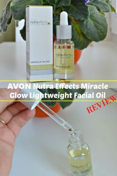 Non-greasy and paraben free Avon Nutra Effects Miracle Glow Lightweight Facial Oil review via @beautybymissl  #bbloggers #avon #avonskincare #avonbeauty #avonreview #facialoil #beauty #beautybymissl