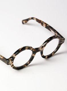 5f5012d51cf Bold Round Frame in Smoke Tortoise Cool Glasses