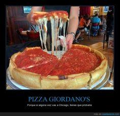 El paraíso para los amantes de la pizza cerdaca *____* - Porque si alguna vez vas a Chicago, tienes que probarla   Gracias a http://www.cuantarazon.com/   Si quieres leer la noticia completa visita: http://www.estoy-aburrido.com/el-paraiso-para-los-amantes-de-la-pizza-cerdaca-____-porque-si-alguna-vez-vas-a-chicago-tienes-que-probarla/