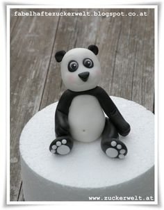 ZUCKERWELT: Panda - For fondant, not in English --- Would also work for polymer clay.