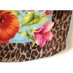 c7e4994be4bc Dolce Gabbana carré soie,accessoire,luxe,only authentic,foulard en soie,made