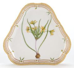 ROYAL COPENHAGEN FLORA DANICA TRIANGULAR SERVING DISH. The serving dish inscribed to the bottom Ornithogalum arvense Pers. 8 inches long (20.3 cm).