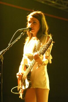 pj harvey Gig 1:Uh huh her Sommerset House gig Gig 2: Hamersmith Apollo gig (w. Kyle) Gig 3: Brighton Dome- Pj and Parish (w. Chris) Gig 4: 2011 Royal Albert Hall 'let England shake' (w. Steve)
