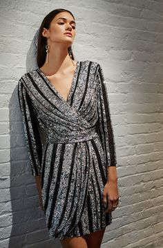 ac5033510f49 A wrap silhouette and sequins add 70s glam to the Kelsey Dress. Noche De  Chicas
