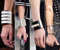 металлические браслеты