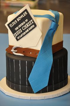 Love this cake. Great for fathers day also.