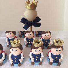 Brigadeiros no palito e trufas para festa Rei Davi. #benditosbrigadeiros #doces #docesmodelados ...