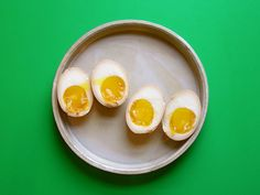 These richly flavoured marinated boiled eggs spend time in a delicious warm bath of soy sauce, oyster sauce, garlic and ginger. Add them to your next ramen! Shoyu Ramen, Oyster Sauce, How To Cook Eggs, Boiled Eggs, Kitchen Recipes, Kimchi, Oysters, Soups, Van