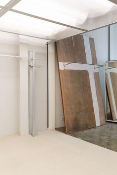 STUDIO UNRAVEL(스튜디오언라벨) @official_studiounravel Interior Concept, Interior Design, Retail Space, Creative Studio, Retail Design, Store Design, Home Projects, Minimalism, Display