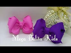 Resultado de imagem para tutorial ribbon bows for kids Baby Girl Hair, Baby Hair Bows, Ribbon Hair Bows, Diy Ribbon, Ribbon Work, Ribbon Bow Tutorial, Flower Video, How To Make Ribbon, Diy Bow