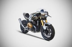 BMW NINE-T CAPITAN SCAPPAMENTO - RocketGarage Cafe Racer