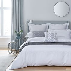 Regina White Duvet Covers Features an embroidered honeycomb pattern bordering the duvet cover as well as the oxford, standard and square oxford pillowcases. Costal Bedroom, Guest Bedroom Decor, Guest Bedrooms, White Bedding Decor, Bedroom Ideas, Super King Duvet Covers, Double Duvet Covers, White Duvet Covers, King Size Duvet