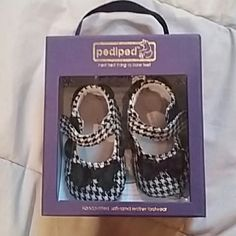 Pediped Baby Girls Houndstooth Maryjane Velcro NIB Brand new in box, Houndstooth velcro Maryjane crib shoe for baby girl. 0-6 months. Makes a great baby gift. Pediped  Shoes