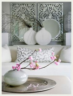 deco in white living room Deco Pastel, Home Decoracion, Asian Home Decor, Interior Decorating, Interior Design, Deco Design, Home Decor Inspiration, Home And Living, Home Accessories