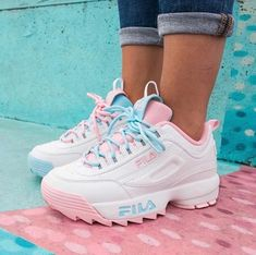 67fc889a61bd5 511 Fascinating shoes images in 2019 | Shoe boots, Fashion shoes ...