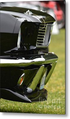 Black Mustang Grille and Chrome - All the things we love. Ford MuscleCar Classic American