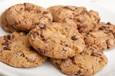 Put cookies to work in your classes!Students can feel intimidated and  hesitate to ask questions or seek help. They need to be convinced that you  are approachable. With the right conversation from you it can happen in 20  minutes.