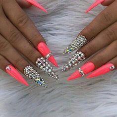 Trendy pink gel nail colors for American girls Glam Nails, Hot Nails, Fancy Nails, Bling Nails, Glitter Nails, Bling Bling, Nail Swag, Gorgeous Nails, Pretty Nails
