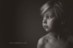 Portrait Photography Inspiration : Photo by Amy Lucy via clickinmoms