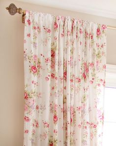 images of shabby chic dressers & chests Rose Curtains, Shabby Chic Curtains, Shabby Chic Bedrooms, Shabby Chic Cottage, French Country Rug, French Country Bedrooms, French Country Decorating, Country Bathrooms, Chic Bathrooms