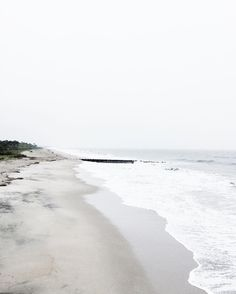 Find images and videos about nature, beach and sea on We Heart It - the app to get lost in what you love. Wild At Heart, Photography Beach, Cap Ferret, White Aesthetic, Photos, Pictures, Belle Photo, Seaside, Coastal