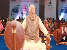 Show-cause notice to Khadi workers protesting against Modi image withdrawn