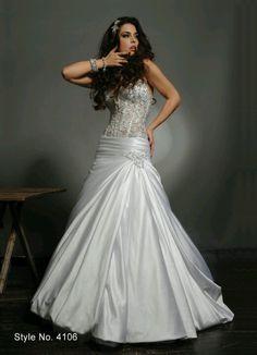 My dress pnina torne <3 themarriedapp.com hearted <3