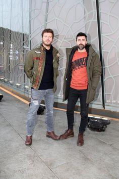 Kivanç and Kivanç Kasabali Turkish Men, Turkish Actors, Beautiful Green Eyes, Men Photography, Bomber Jacket, Sari, Dj, Guys, Celebrities