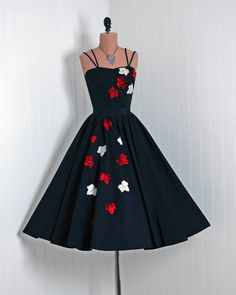 1950's Vintage Falling Leaves Rhinestone Taffeta Couture Party Dress