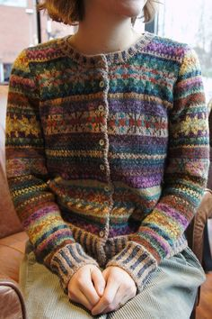 Ravelry: Ruskins Advent Orkney - Strickmuster, knitting for babies, Fair Isle Knitting Patterns, Fair Isle Pattern, Knitting Designs, Knitting Tutorials, Punto Fair Isle, Tejido Fair Isle, Fair Isle Pullover, Raglan Pullover, Knitting Socks