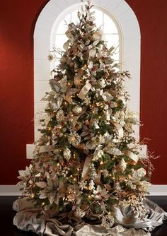 Christmas white and gold tree