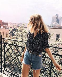 2b7a5fdd143e15acf479784193200fb5--friday-feeling-polka-dot-shirt.jpg (736×920)