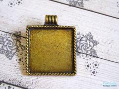 1 Brass Square pendant blank base setting brass  $4.20