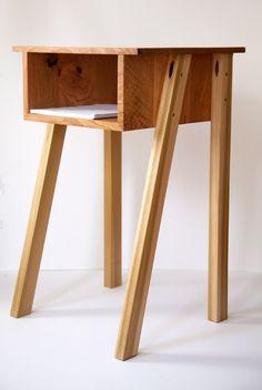 Upcycled Crafts Furniture Side Tables - quarter sawn oak + cherry + poplar side table Wood Pallet Furniture, Plywood Furniture, Cool Furniture, Furniture Design, Small Tables, End Tables, Modern Side Table, Scandinavian Furniture, Handmade Furniture