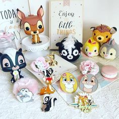 Oh Bambi 💕✨ #disney #disneystore #disneypins #disneypin #pins #funkopop #funko #tsumtsums #tsumtsumeurs #tsumtsum #disneytsumtsum #tsumtsumaddict #crochet #amigurumi #bambi #thumper #flower #panpan #missbunny #igptg #fleur