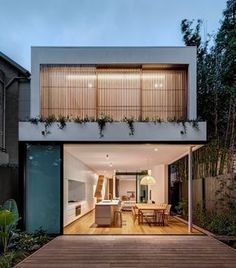 The architect uses two structures to design Cloud House. These structures are interconnected by the internal courtyard of the house on the ground level and there is also an open walkway on the upper l Design Exterior, Internal Courtyard, Interior Architecture, Architecture Layout, Pavilion Architecture, Futuristic Architecture, Sustainable Architecture, Residential Architecture, Amazing Architecture