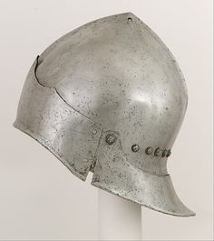 Sallet,  late 15th century - possibly Italian, in Franco-Burgundian style. Metropolitan Museum of Art, New York.