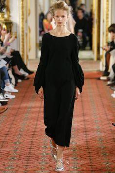 Simone Rocha   Spring 2016 Business of Fashion