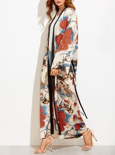 Get Beyoncé's Chic Kimono Look for Less (Much, MUCH Less) - Multicolor Flower Print Contrast Trim Belted Maxi Kimono from InStyle.com Gucci Kimono, Kimono Fashion, Hijab Fashion, Boho Fashion, Womens Fashion, Japan Fashion, Mode Hijab, Weekend Wear, Spring Summer