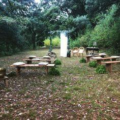 Y en esta ceremonia íntima se dieron el SÍ QUIERO L&J. Enamorados totalmente… Outdoor Furniture Sets, Outdoor Decor, Instagram Posts, Weddings, Home Decor, Gardens, Decoration Home, Room Decor, Wedding