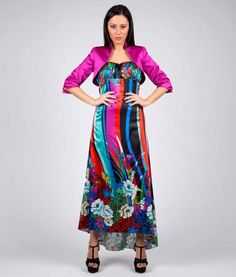 #italianStyle #madeinitaly #wearitalian Long ring dress, multicolored in satin printed with flowes and jewel rings on the back. Suitable for evening wear, for many cerimonies and party. Complete the look with Shrug in Satin proposed in photo gallery.
