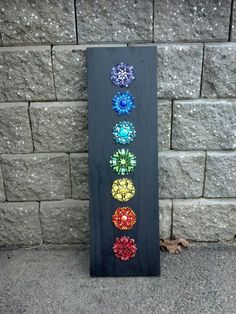 Chakras in progress. Mosaic Ideas, Mosaic Art, Chakras, Garden Art, Art Pieces, Moon, Studio, Artist, Pointillism