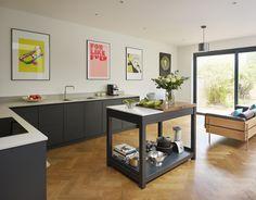 Roundhouse matt lacquer Urbo kitchen